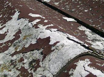 塗装できない屋根